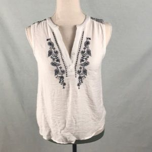 Papaya white tank with blue embroidery size S